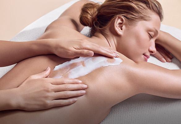 Clarins Kosmetikbehandlung - Creme-Textur