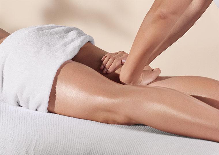 Clarins Kosmetikbehandlung - Körperpflegebehandlung