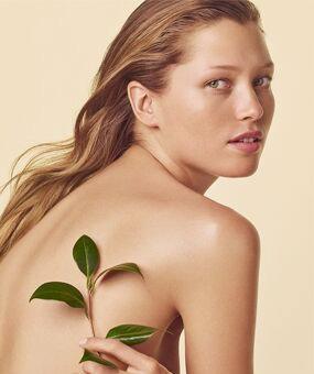 Clarins Kosmetikbehandlung - Wellness-Behandlungen